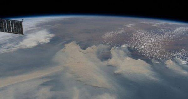 NASA: Avustralya yangınlarının dumanı Dünya'ya yayılacak